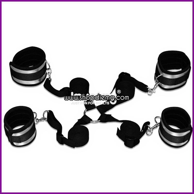Còng khóa trói tay chân LoveToy - Dụng cụ bạo dâm mạnh mẽ