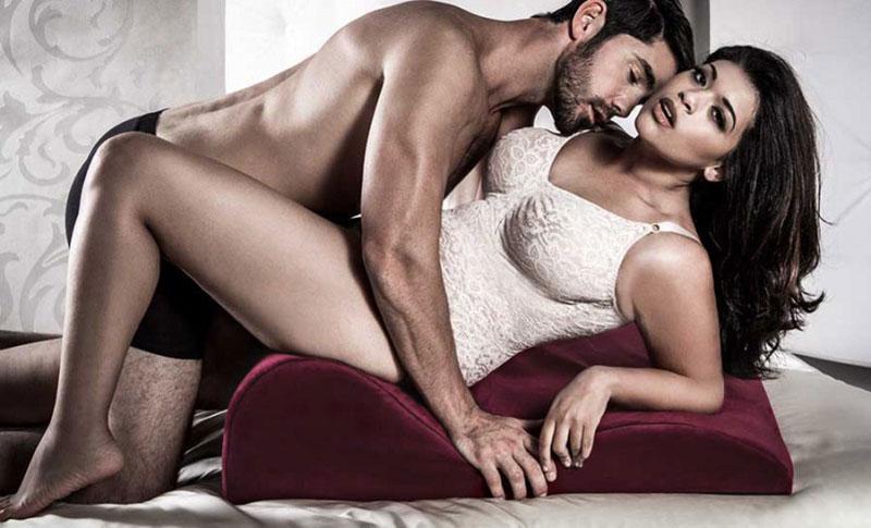 Ghế tình yêu mini làm tình (chịch) nhiều tư thế 1